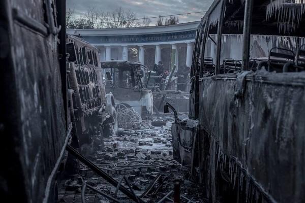 Улица Грушевского после действий мятежников