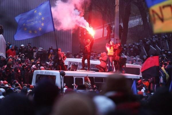 hrushevskoho-street-ukraine-9